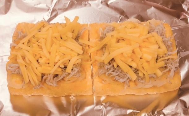 チーズを置く